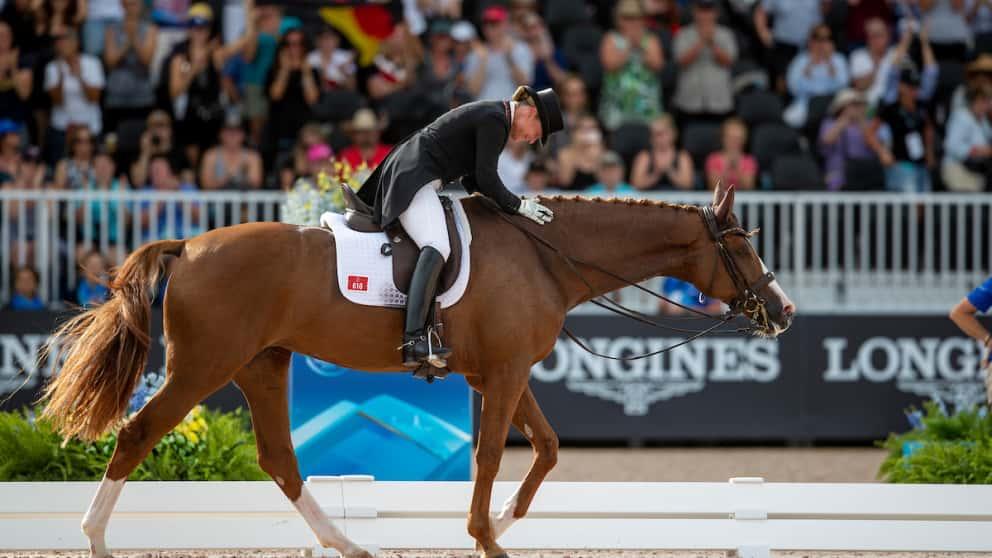 Isabell Werth und Bella Rose nach dem Gewinn des Grand Prix Special.